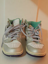 NIKE White High Top Sneakers boy Size 6y