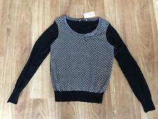 BNWT Ladies OASIS Geometric Design Fine Knit Jumper - Size M