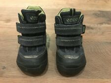 Ecco toddler waterproof gore-tex navy blue boot, size 23 (US7)