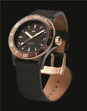 NIB Glycine Combat Sub Automtic Golden Eye, Authorized Dealer, MSRP:$2450,10 Pic
