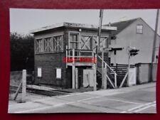 PHOTO  DODWORTH SIGNAL BOX (CLOSED) 15/10/98