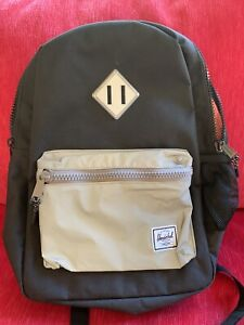 NEW Black w/ Gray Pocket Herschel Heritage Youth Backpack $69.99