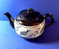 Sudlow's Burslem pouring tea pot made in England numbered 1322 brown and white