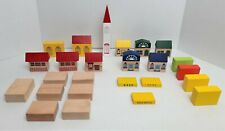 Thomas The Train Type Wooden Lot of 35 Buildings Blocks Risers Roofs Brio *1911