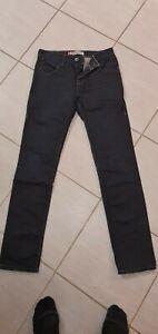 Jean Levis 513 Skinny Leg levi's  W29 L32 neuf