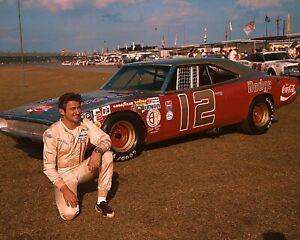 BEAUTIFUL NASCAR DRIVER BOBBY ALLISON 8X10 PHOTO W/ BORDERS