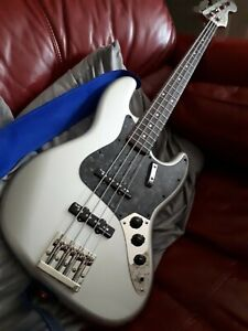 Squier classic vibe jazz bass with upgrades