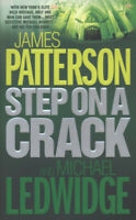 Step on a crack by James Patterson (Paperback) Expertly Refurbished Product
