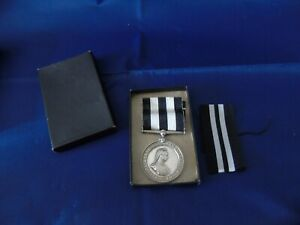 SERVICE MEDAL OF THE ORDER OF ST JOHN  1942 SILVER