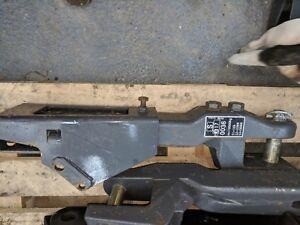 VALTRA - TRACTOR DRAW BAR MOUNTING BRACKET