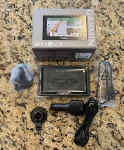 Garmin Drive 52 Five Inch Touchscreen GPS Navigator   with Lifetime Maps  (NEW)