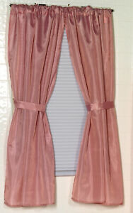 100% Polyester fabric window curtain with two panels and two tie backs in Lig...