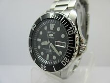 SEIKO 5 SPORTS AUTOMATIC MOVEMENT DAY - DATE 100 M.W.R. Ref.  7S36-03C0
