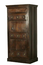 Handgearbeitete Möbel im Kolonialstil