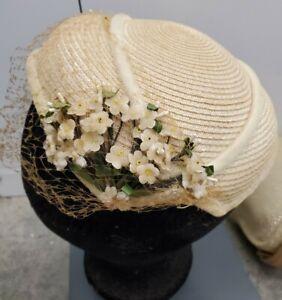Vintage Ladies Church Hat Beige Off White Flowers Floral Fascinator Netting EUC