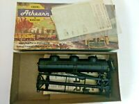 HO scale Athearn  undecorated  3 dome tank car with decals