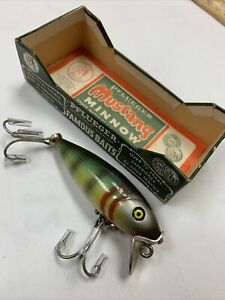 """Vintage Natural Perch Mustang Wood Lure #8606 New in Box 2 1/2"""" Long"""