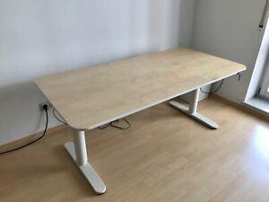 Elektrischer Steh Schreibtisch IKEA BEKANT / Gestell weiß, Platte Holz Furnier