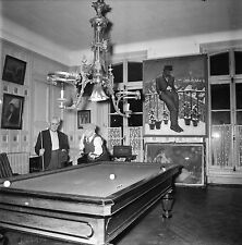 RIS ORANGIS c.1955 - Fondation Dranem Salle de Billard- Négatif 6 x 6 - N6 IDF25