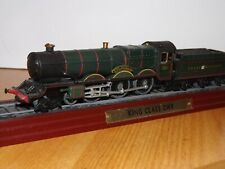 ATLAS KINGS CLASS GWR STATIC STEAM ENGINE ON A PLINTH