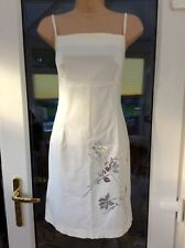 *Oasis Ladies Dress White Pencil Midi Silver Floral Detail Size 10*