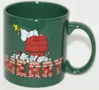 SNOOPY Peanuts Coffee Mug Tea Cup CHRISTMAS Merry green  Doghouse Woodstock 20oz