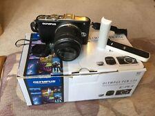 Olympus PEN Lite E-PL3 12.3MP Fotocamera Digitale-Nero (Kit con Obiettivo 14-42 mm)