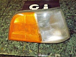 86-90 OEM USDM Acura Legend Sedan front corner marker lamp light 041-1375 FR