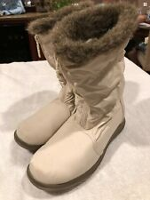 Totes Women's Winter Fur Lined Boots White Used 817313 Size 6.5 M