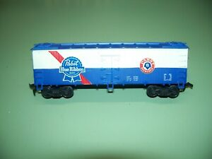 HO SCALE LIFE LIKE PABST BLUE RIBBON BEER 40' REFRIGERATOR REEFER