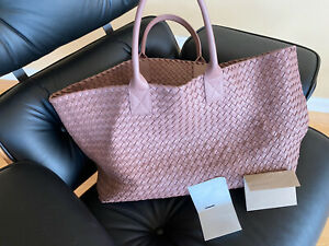 $8k Maxi Auth BOTTEGA VENETA Cabat LimitedAddition 704/1000 With /RECIIPT
