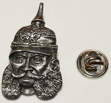 Kaiser Wilhelm der 1. Erste Kopf Pickelhaube  l Anstecker l Abzeichen l Pin 312