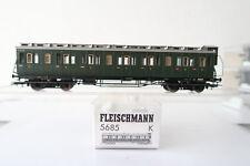 FLEISCHMANN HO/DC 5685 K Compartiment Voiture 1 kilolitr. 020 668 DB (ab/304-10r7/8)