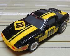 für H0 Slotcar Racing Modellbahn --  Corvette mit Tomy Chassis !