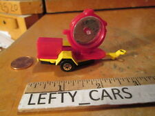 MAISTO RED&YELLOW Vintage ROAD LIGHT SCALE 1/64 - LOOSE! NO BOX!