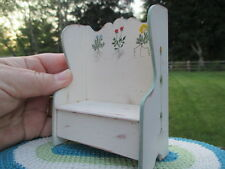 Dollhouse Miniatures ~ Rustic Settle / Bench Shabby, Painted By Carol Young 1997