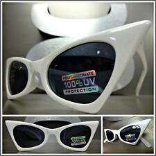 CLASSIC VINTAGE 60's RETRO CAT EYE Style SUN GLASSES Small White Fashion Frame