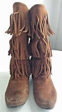 MINNETONKA 3 layer fringed moccasin boots hippie women size 7 suede leather Used