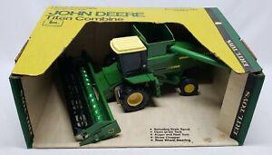 John Deere Titan Combine Yellow Roof / Ertl 1/24 Scale Yellow Top Box Stock #524