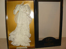 Franklin Mint White Dressing Gown Ensemble For The Titanic Vinyl Rose Doll W COA