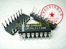 2 x SN74LS173AN 4-bit D-type register with 3-state outpu Motorola DIP-16 2pcs