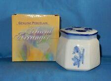 Genuine Porcelain Blue & White Floral Arranger Vase Frog w Box