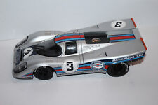 Universal Hobbies 1:18 Modellauto  Porsche  917 3 MARTINI RACING - TEAM