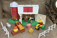 Vintage FISHER PRICE FARM #2555 BARN SILO Tractor  LITTLE PEOPLE 1990 Lot Great