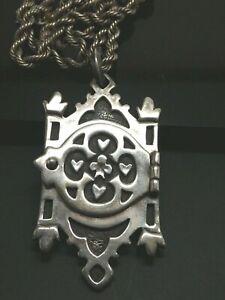 KARA VARIAN BAKER Designer Sterling Silver 3 Leaf Clover & Heart Locket Necklace