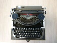 Vintage Typewriter in Original Case