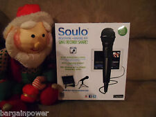 Soulo AM74 Microphone, stand, Karaoke App for iPad/iPhone/iPod 10 free songs NEW