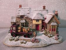2004 Lilliput Lane The Waggon & Horses Illuminated Cottages Collection L2793