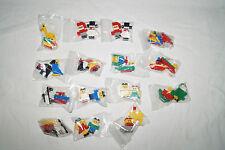 LEGO 30 Figuren aus Advendskalender Weihnachts- Tiere Fahrzeuge Flugzeuge