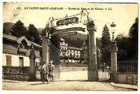 CPA 74 Haute-Savoie Le Fayet-Saint-Gervais Entrée du Parc et du Casino animé